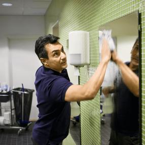 cleaning-the-washroom_7691-4f712f0aa9b7453ec8574582f88e01ad.png